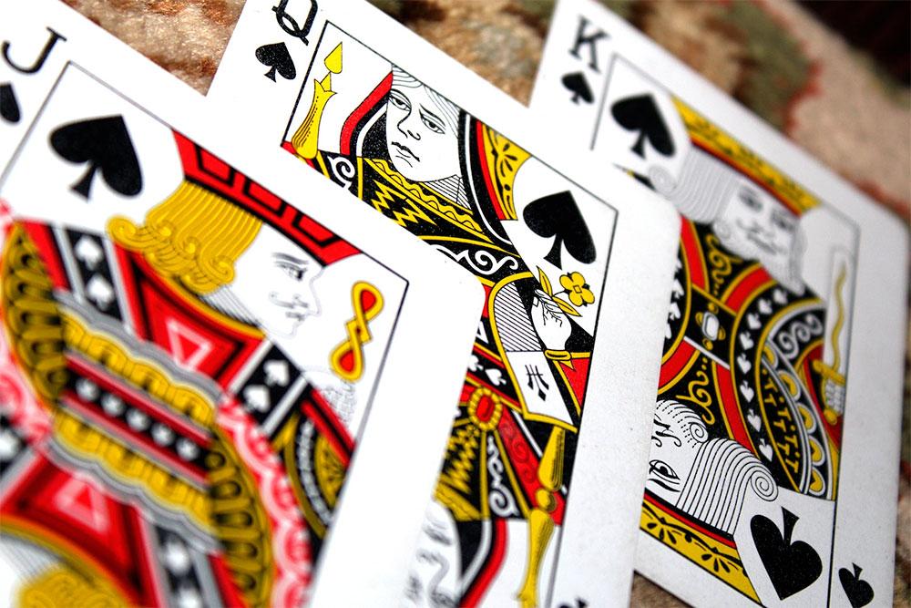 Kortspel slå på vulkanbet